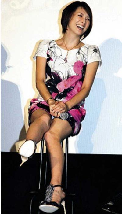 米倉涼子 パンチラ